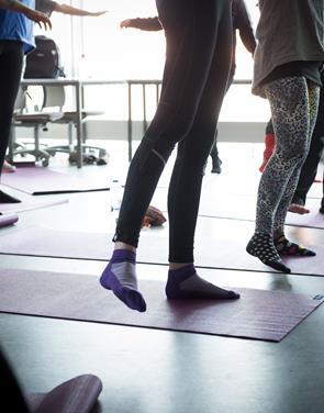 Tid til selvforkælelse: Du kan kombinere shopping, yoga og gin