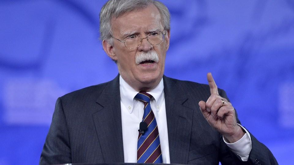 Den amerikanske præsident, Donald Trump, har udnævnt tidligere FN-ambassadør John Bolton til at tage over som national sikkerhedsrådgiver. Bolton er en velkendt skikkelse på den amerikanske højrefløj. Foto: Scanpix/Mike Theiler/arkiv