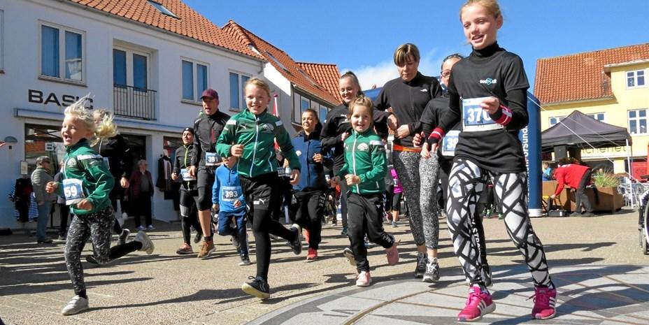 Over 300 deltagere til løb i den smukke natur ved Løkken