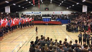 Se billederne: Der var gymnastik, dans, live-musik og en smule nervøsitet til efterskoleopvisningen