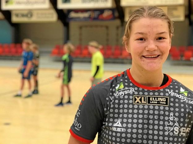 Den stærke SEIF-back Louise Christensen er nu yderligere blevet styrket, taktisk, fysisk og mentalt og er måske netop derfor netop udtaget til U17 landsholdet i håndbold.