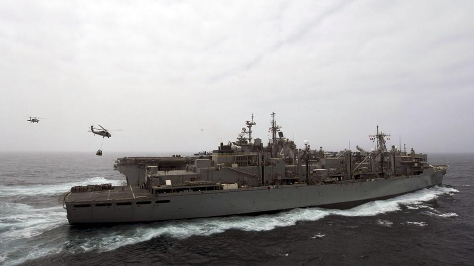 """Det amerikanske krigsskib """"USS Boxer"""" har torsdag ødelagt en iransk drone, der nærmede sig skibet. Billedet er fra 14. juli og viser skibet """"USS Boxer""""."""