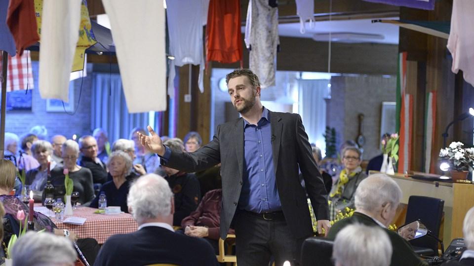 Thomas Rewes vil synge Kaj Munk-sange i Karmel Kirken. Arkivfoto