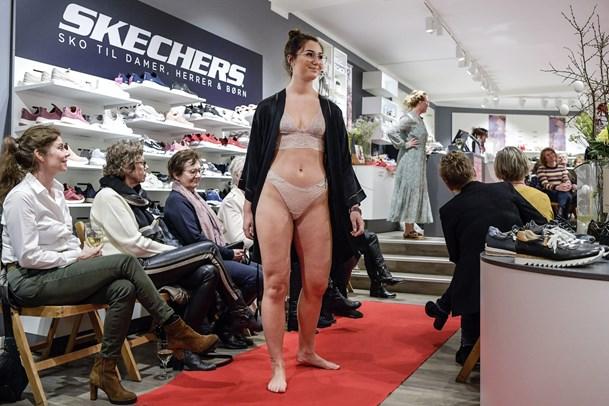 Se billederne: Kvindeuge med modekræs