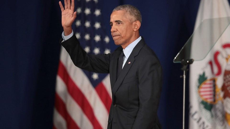 Den tidligere amerikanske præsident Barack Obama talte fredag til studerende på Illinois Universitetet i Urbana-Champaign. Han sagde, at Trump undergraver globale alliancer. Foto: Scott Olson/Ritzau Scanpix