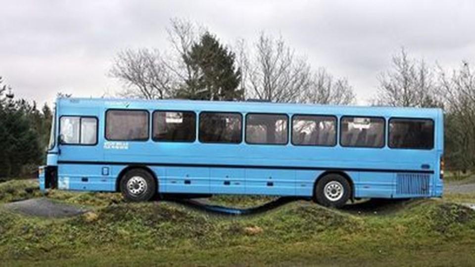 Retten i Aalborg valgte torsdag middag at varetægtsfængsle en 20-årig mand fra Assensområdet. Var løsladt 12 timere tidligere for biltyveri. Han har tidligere udøvet voldsom hærværk mod en bus. Arkivfoto: Peter Langkilde