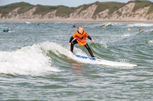 Familiesurf: Vorupør byder på surf for børn