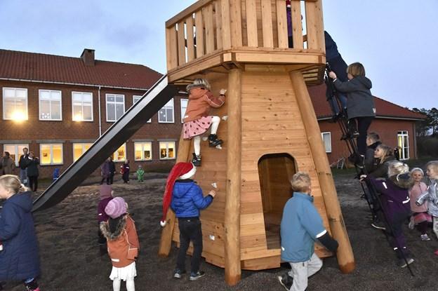 ET stort klatrefyrtårn blev straks taget i brug. Foto: Ole Iversen
