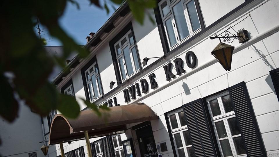 Sådan så Hotel Hvide Kro ud, da ægteparret Ettrup overtog det i 2010. Nu har Hans Ettrup måttet opgive at drive Aalestrups gamle midtpunkt videre. Arkivfoto: Martin Damgaard