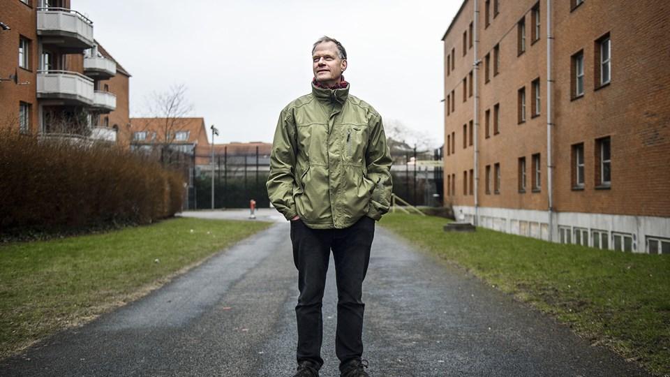 - Jeg synes, at de kvindelige præster skal lade være med at gøre noget og acceptere, at det er et vilkår, siger præst Henrik Højlund som reaktion på Jyllands-Postens rundspørge, der viser, at hver fjerde kvindelige præst har oplevet at blive kønsdiskrimineret på jobbet. (Arkivfoto)