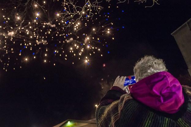 Igen i år byder Black Friday i Brovst på et festfyrværkeri både på himlen og i butikkerne. Arkivfoto: Martin Damgård