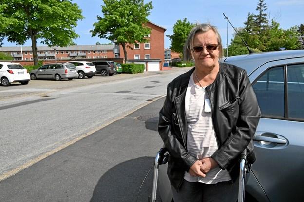 Inger-Marie Breum er ligefrem i sin holdning til at butikken på Refsvej skal lukke.Foto: Peter Mørk