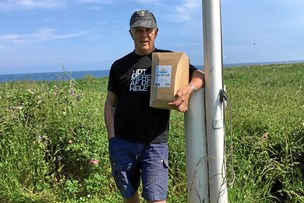 Jan får sit postevand med færgen: Skal betale 25 kroner for ti liter vand
