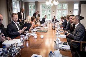 Analyse: Mette Frederiksen vender ryggen til svært spørgsmål