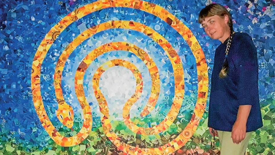 Kunstnerisk præst udgiver ny kalender med labyrinter