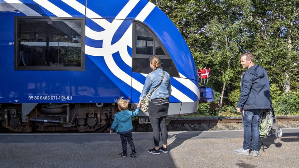 De blå tog fra Nordjyske Jernbaner har gjort det godt, siden de sidste sommer, overtog driften. Foto: Henrik Louis