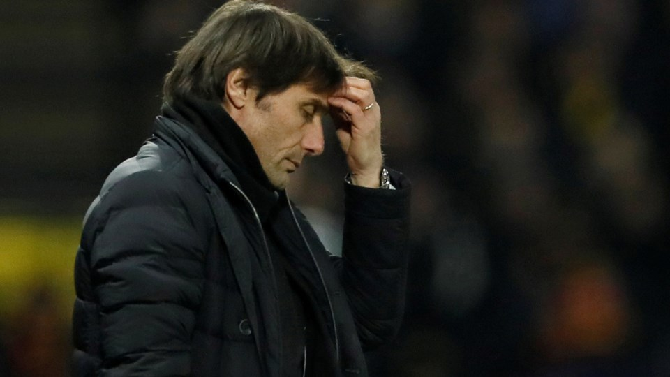 Antonio Conte er en presset mand i Chelsea. Den italienske træner havde en succesfuld første sæson i London, hvor Chelsea blev mester. I indeværende sæson har han ofte brokket sig over, at han ikke har nok indflydelse på, hvilke spillere klubben sælger og køber. Foto: Reuters/David Klein