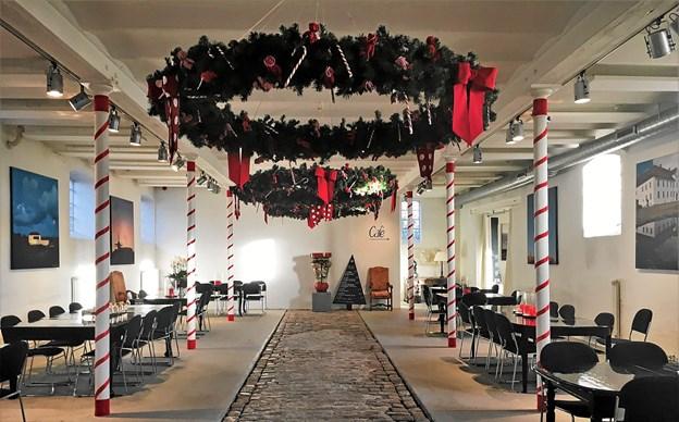 Den julepyntede cafe på Børglum Kloster holder December Åbent de næste to weekender. Foto: Privatfoto