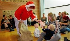 Nissemor kom til juletræsfest