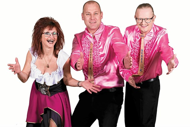 Sussi og Leos Trio vælter Storetorv tre gange på fredag til JP Jakobsen Centerets 10 år jubilæum, hvor også Svend Burgerfri dukker op.Bureaufoto