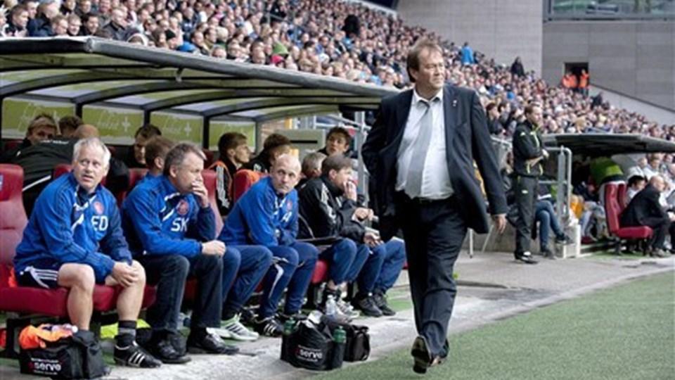 Sportsdirektør Lynge Jakobsen er ikke stor tilhænger af kunstgræs i Superligaen. Foto: Scanpix
