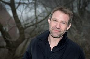 Lokal krimi-forfatter gæster Arnold Busck