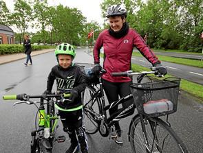 Vellykket cykelløb trods regnvejr