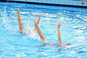 Kunstsvømmerne igen til tops