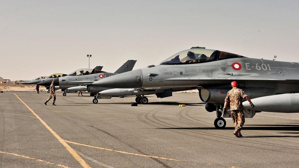 Danske F-16-fly skruer op for bombeangreb i Irak. Foto: Scanpix