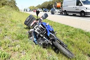 Uheld på motorvej E45: Kvinde på motorcykel kørte galt med 9-årig dreng bagpå