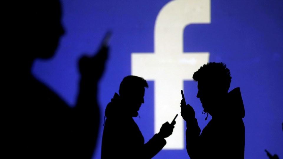 Ifølge New York Times har Facebook i 2017 hyret et pr-bureau til at udgive negative artikler om konkurrerende teknologiselskaber som Google og Apple.