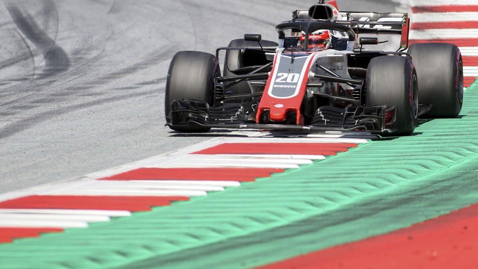 Både Kevin Magnussen og Romain Grosjean kørte i top-5 søndag i Formel 1-grandprixet i Østrig. Foto: Ronald Zak/Ritzau Scanpix