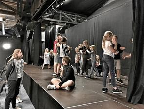 Teatersommerskole i BAS