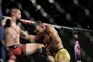 Nicolas Dalby kværker brasilianer i UFC-comeback