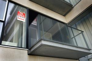 Købere af lejligheder forhandler sig til bedre priser