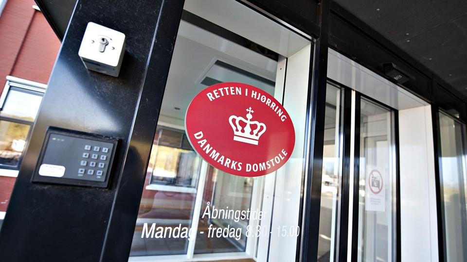Med få ugers mellemrum voldtog en 26-årig mand både sin ekskæreste og sin mor. Det har kostet ham fem års fængsel ved Retten i Hjørring. Foto: Scanpix/Henning Bagger