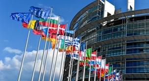 Otte bud på fremtidens Europa: Få de sidste input inden du skal stemme i søndag