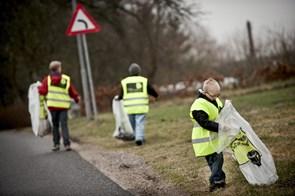 Affaldsindsamling til kamp mod cigaretskod