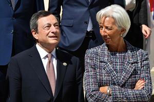 ECB sænker renten til minus 0,5 procent og starter opkøb