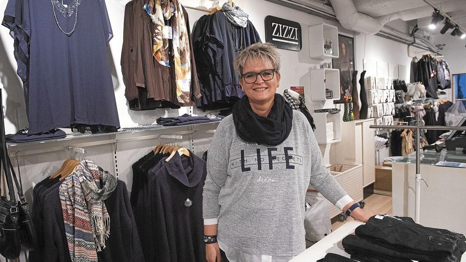 """Anne Mette Monberg glæder sig til at flytte ned i """"gaden"""" til en nyrenoveret 200 kvadratmeter butik. Foto: Ole Iversen"""