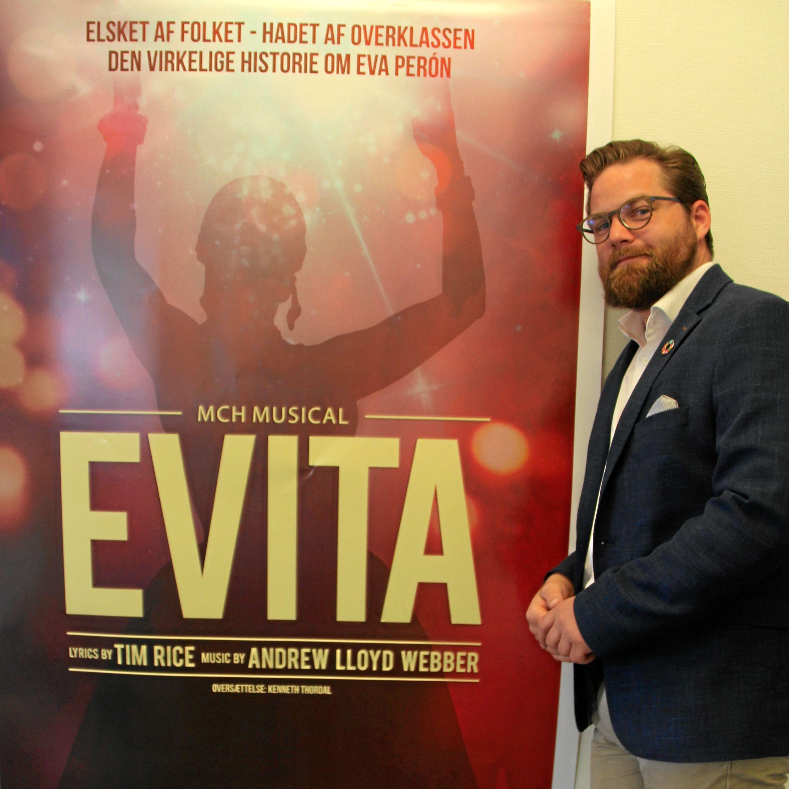Direktør Nikolaj Holm glæder sig over, at det er lykkedes at få Evita til byen. Privatfoto