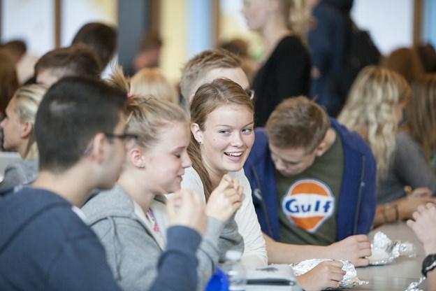 På STX skal alle elever gennem den samme kerne af fag, hvilket skaber grundlaget for et godt fagligt og socialt miljø