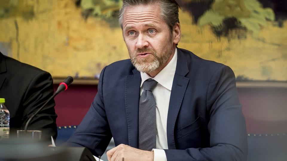 Udenrigsminister Anders Samuelsen (LA) glæder sig over, at der er fundet en overgangsordning mellem EU og Storbritannien. Det gør det lettere at nå den endelige deadline for en aftale i oktober, siger Samuelsen på vej ind til EU-møde om brexit. Foto: Scanpix/Mads Claus Rasmussen