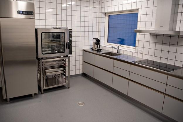 Sådan tager det nye køkken sig ud. Foto: Kim Dahl Hansen Foto: Kim Dahl Hansen