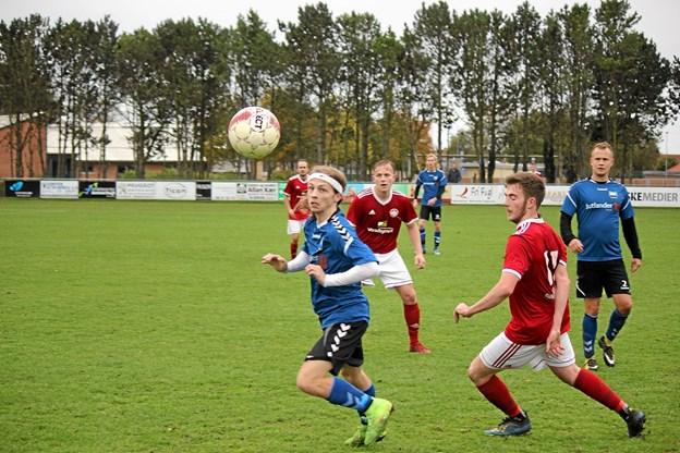 Fjerritslevs hurtige spillere kunne ikke komme igennem Trekroners forsvar. Foto: Flemming Dahl Jensen