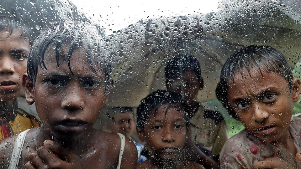 Beboerne i flygtningelejren Cox's Bazar forbereder sig på monsunregnen, der presser sig på. Foto: Cathal Mcnaughton/arkiv/Reuters