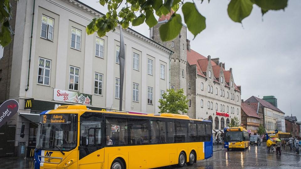 Et enigt byråd vil have bybusserne væk fra Nytorv, til gengæld bliver +Bus linjen etableret.