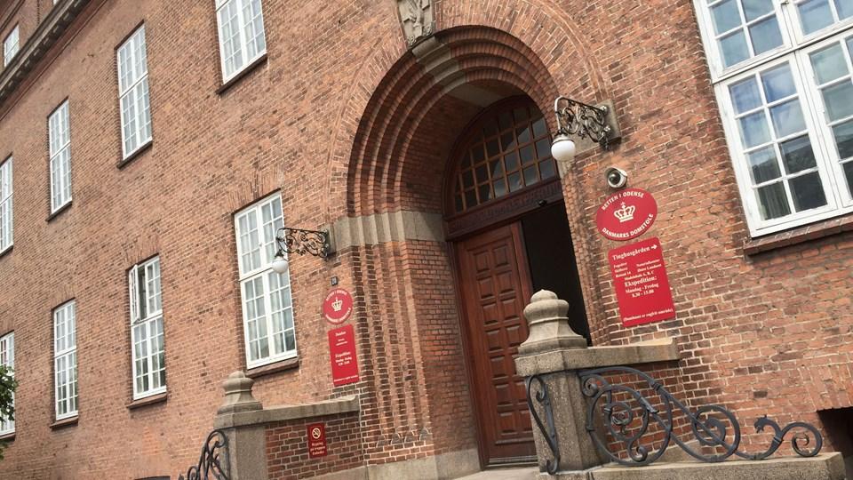 En 46-årig tidligere leder i Odense Kommune er torsdag blevet dømt for at have udsat en 60-årig kollega for seksuelt overgreb. (Arkivfoto)
