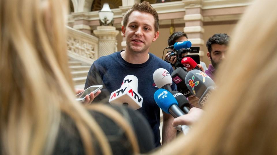 Den østrigske aktivist Max Schrems vil nu køre sin egen sag mod Facebook ved en domstol i Østrig efter nej til gruppesøgsmål. Foto: Scanpix/Christian Bruna/arkiv