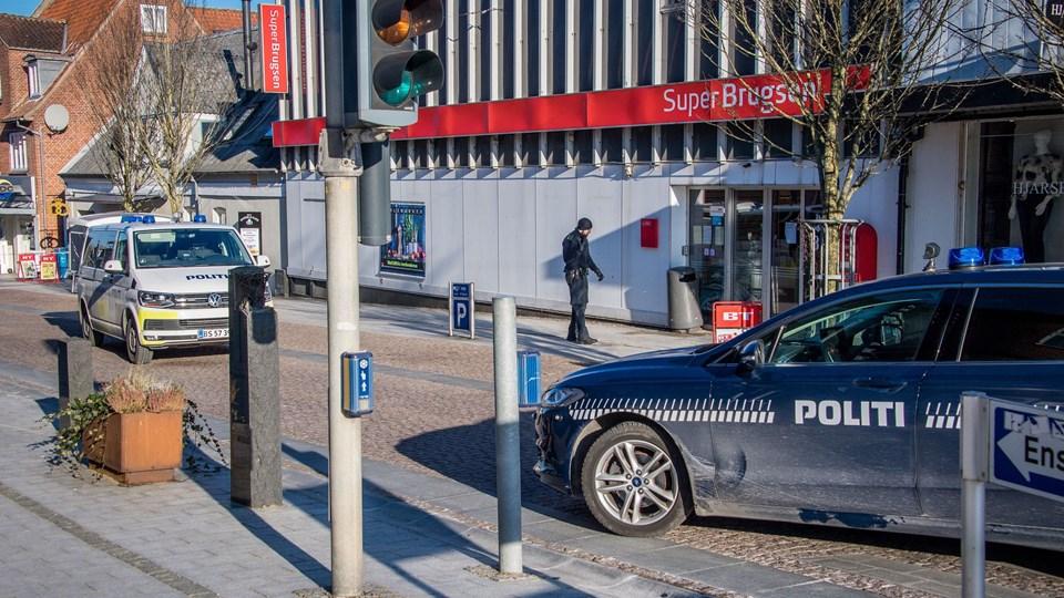 Først var der røveriforsøg i Fakta og efterfølgende røveri i SuperBrugsen i Brovst. Foto: Martin Damgård